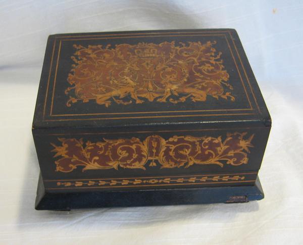 Stefani antiques liverpool for Bat box obi