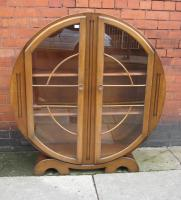 Oak 1930s Art Deco display cabinet