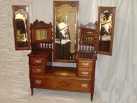 Mahogony large Victorian dressing table
