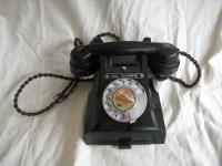 1920s Bakelite black telephone